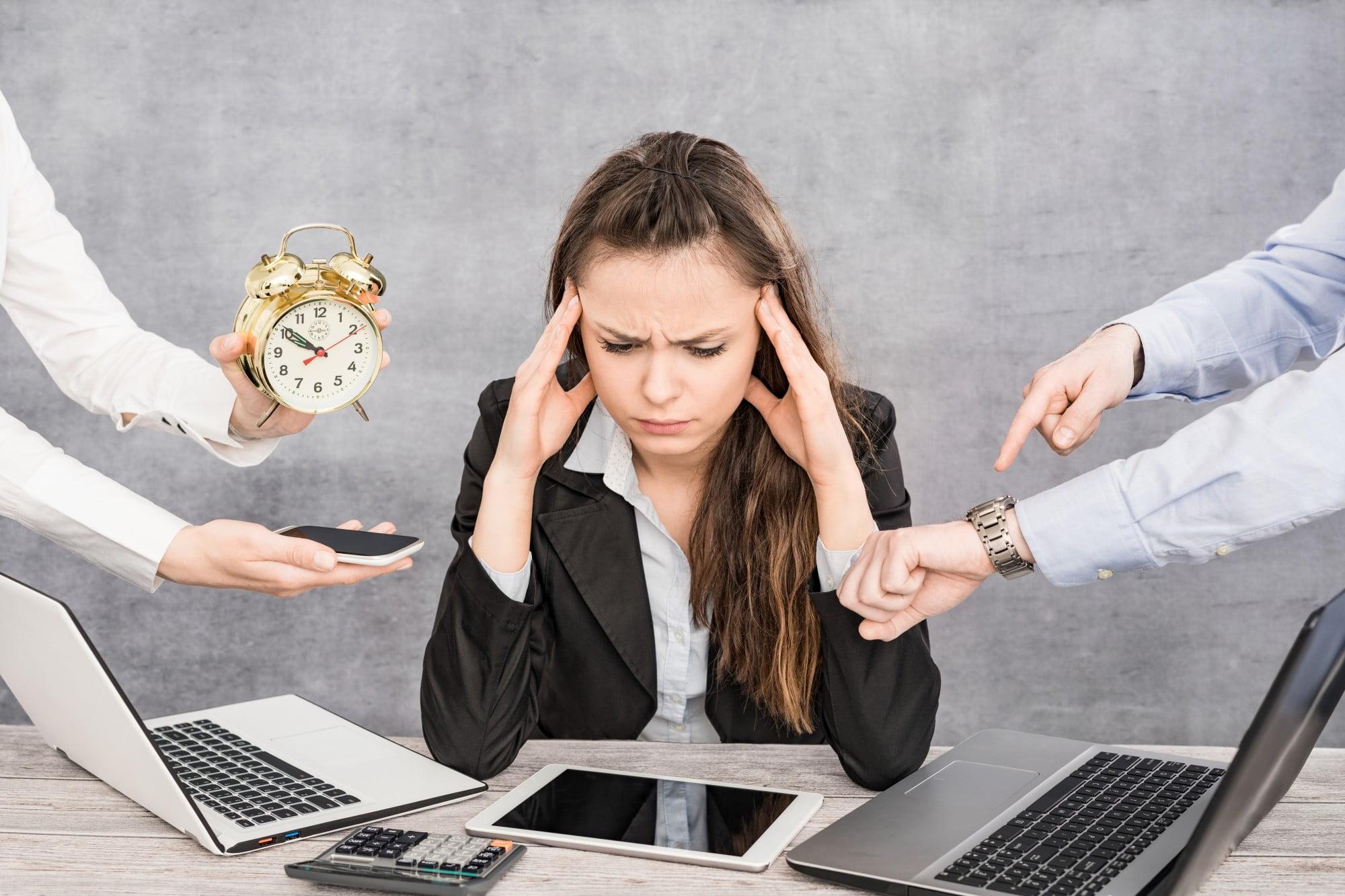 Umorul – soluție inedită pentru starea de burnout profesional
