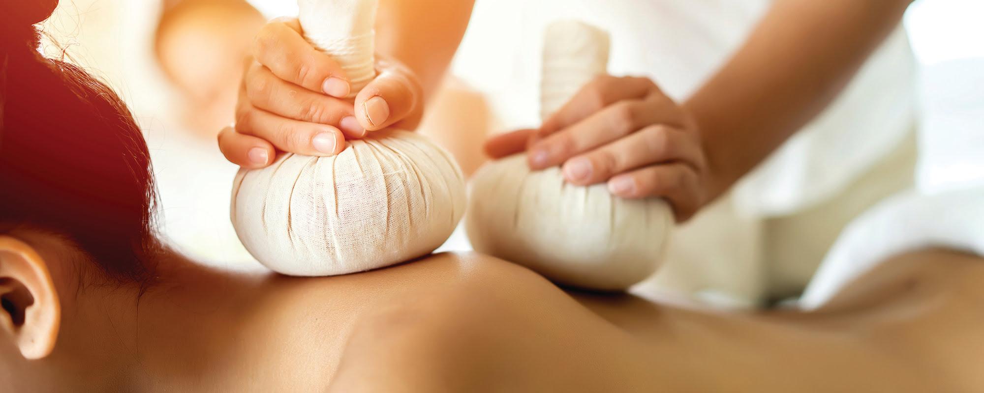 Masaj Compress Herbal Thai Therapy